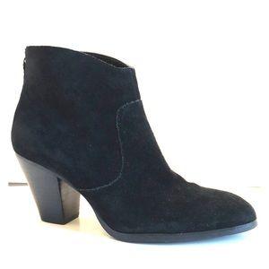 Tesori Black Suede Pointed-Toe Zip Ankle Booties 8